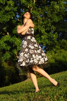 Free Happy Looking Young Woman Royalty Free Stock Photos - 9416858