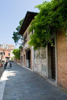 Free Venice Street With Doors Stock Images - 9419374