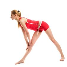 Free Blond Girl Doing Gymnastic Exercises Royalty Free Stock Images - 9425919