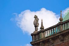 Free Statue On The Roof Of Bremen Rathaus, Germany Stock Images - 9426734