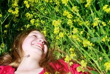 Free Girl In Green Grass Royalty Free Stock Photography - 9429777