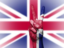 Free Hands With Peace Sign Against Union Jack Stock Photo - 94244040