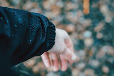 Free Arm In Blue Jacket Stock Photography - 94244302