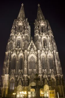 Free Dom In Cologne At Night Stock Photo - 9433970