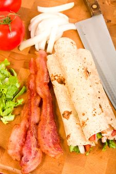 Free Chicken Tortilla Wraps Stock Photography - 9436122