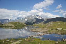 Free Alpine Lake, Switzerland Royalty Free Stock Photo - 9446615