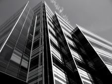Free High Rise Office Building Stock Photo - 94484420