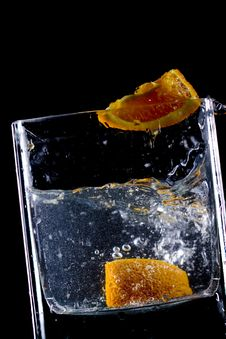 Free Orange  Splash In Water Stock Images - 9450144