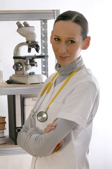 Free Female Doctor Stock Photography - 9451382