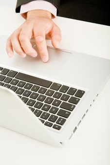 Free Laptop Computer And Hand Royalty Free Stock Image - 9454576