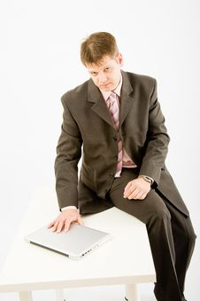 Young Business Man With Laptop Royalty Free Stock Photos