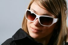 Free Woman In Sunglasses. Stock Images - 9456954