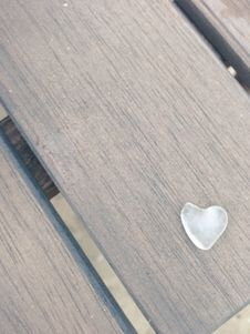 Free Close Up Photography White Heart Stone Royalty Free Stock Images - 94536449