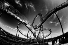 Free Rollercoaster Looping Royalty Free Stock Photography - 94536757