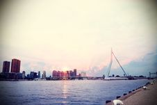 Free Rotterdam And Erasmusbrug Royalty Free Stock Photography - 94581017