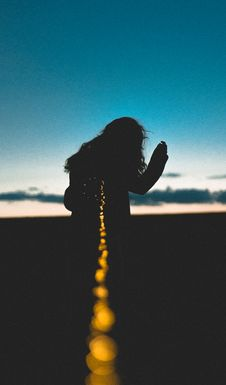 Free Silhouette Of Woman Against Night Sky Royalty Free Stock Images - 94581019