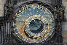Free Astronomical Clock Prague Stock Photo - 94581140