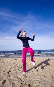 Free Active Woman On The Beach Stock Images - 9467004