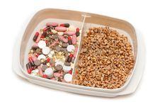 Free Pill, Tablet Vs Wheat Royalty Free Stock Photos - 9472398