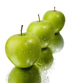 Free Green Apples Royalty Free Stock Photos - 9475018