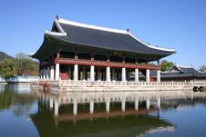 Free Ancient Korean Temple Royalty Free Stock Photography - 9475737