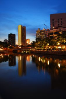 Free Silent Night Along Singapore River Stock Photography - 9475772