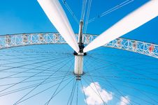 Free Ferries Wheel Under Blue Sunny Cloudy Sky Royalty Free Stock Photography - 94777817