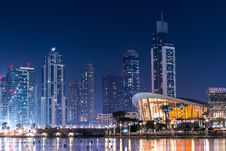 Free Dubai Waterfront At Night Royalty Free Stock Image - 94777836