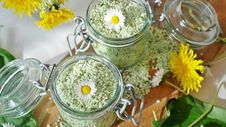 Free Herbal Aromatherapy Salts Stock Images - 94777904