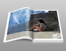 Free Woman In Gray Shirt Sitting Over Brown Formation Of Rock During Daytime Book Royalty Free Stock Photos - 94778128