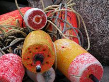 Free Buoys Horizontal Royalty Free Stock Image - 9480736
