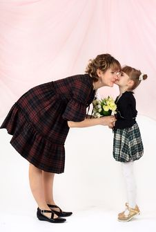 Free Mum With The Daughters Royalty Free Stock Photo - 9480865