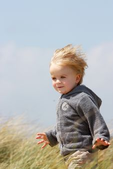 Free Boy In Dunes Royalty Free Stock Image - 9483846