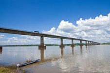 Free Thai - Lao Friendshiop Bridge Royalty Free Stock Images - 9484009