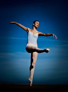 Free Ballerina With Blue Sky Stock Photography - 9484762