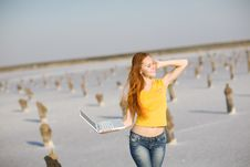 Free Happy Girl With Notebook Stock Image - 9486351