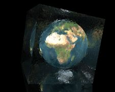 Free Earth In Cracked Glass Cube Stock Photos - 9486503