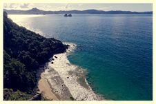 Free Cathedral Cove Stock Image - 94886831