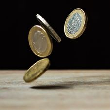 Free Euro Coins Falling Midair Royalty Free Stock Photo - 94886985