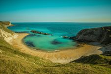 Free Bay With A Sandy Beach Royalty Free Stock Photography - 94887287