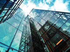 Free Glass Skyscraper Stock Photo - 94887390