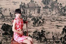 Free Chinese Girl In Traditional Dress Royalty Free Stock Images - 9491329