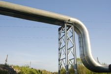 Free Industrial Pipelines Against Blue Sky. Royalty Free Stock Image - 9495856