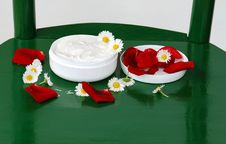 Free Natural Cream Stock Photo - 9497010