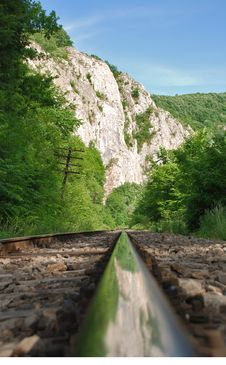 Free Railway In The Mountains Royalty Free Stock Images - 9497349