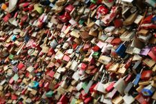 Free Red Brown Wishing Locks During Daytime Royalty Free Stock Photography - 94945457