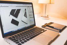 Free Macbook Pro Stock Images - 94945644