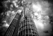 Free Skyscraper Of Glass And Steel In Black And White Stock Photos - 94945703