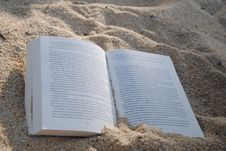 Free White Book On Sand During Daytime Stock Images - 94983704
