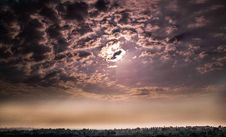 Free Dark Clouds Covering Sun Royalty Free Stock Images - 94983859